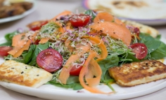 Spenót saláta citromos vinyegrettel és fetával