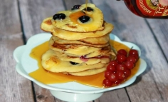 Pancake áfonyával