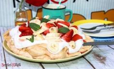 Banános epres pavlova torta